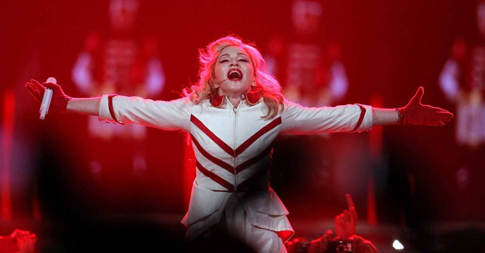 Madonna MDNA Tour GMAYL